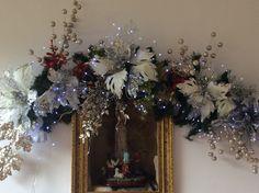 Diy Christmas Ornaments, Christmas Home, Christmas Wreaths, Christmas Decorations, Xmas, Holiday Decor, Hanging Plants, Indoor Plants, Christmas Villages