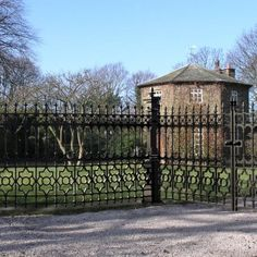 Stewart Cast Iron Fencing - Currently Out of Stock on Half Height Railing. Limited Stock on Full Height Railing - Heritage Cast Iron USA Cast Iron Railings, Cast Iron Gates, Cast Iron Fence, Victorian Fencing And Gates, Gate Post, Wrought Iron Fences, Victorian Cottage, New Homes, It Cast