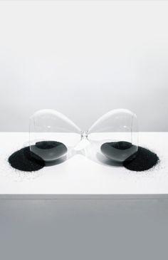 Almudena Lobera | Tiempo Muerto Presente Continuo / Downline Present Continuous, 2012