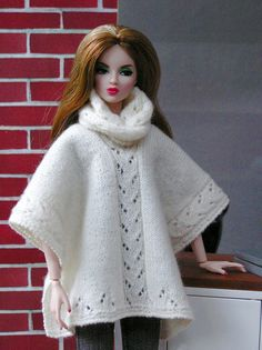 https://flic.kr/p/zmdNjW | seamless-offwhite6 | Poncho / Loop: Handknitted by me