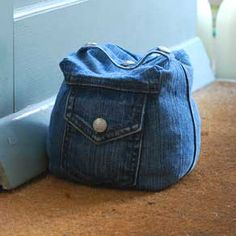 Denim doorstop - hell for £10 why bother making it?!