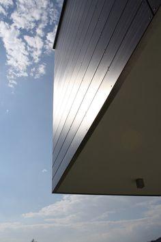 Particolare materiale di copertura primo piano villa a Paratico - architettura