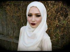 NURA A. (nuralailalov) | Beautylish sultry-smokey-eye-with-a-bold-lip-mac-riri-talk-that-talk-fall-makeup-tutorial.