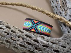 Native American Beaded Chevron Leather Bracelet With por LJGreywolf