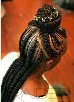 A DIFFERENT LOOK OF THIS TREND CORNROW-BRAIDED HAIRSTYLE!