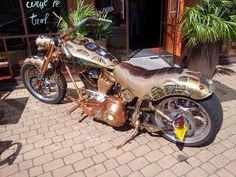 A steampunk customized bike seen somewhere in Britany (France) Retro Futurism Art, Old School Fashion, Hot Bikes, Bike Design, Automotive Design, Dieselpunk, Custom Bikes, Concept Cars, Beauty Women