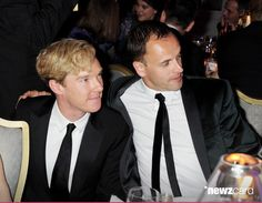 (EMBARGOED FOR PUBLICATION IN UK TABLOID NEWSPAPERS UNTIL 48 HOURS AFTER CREATE DATE AND TIME. MANDATORY CREDIT PHOTO BY DAVE M. BENETT/GETTY IMAGES REQUIRED)  Benedict Cumberbatch (L) and Jonny Lee Miller attend a drinks reception during the 57th Evening Standard Theatre Awards at The Savoy Hotel on November 20, 2011 in London, England.  (Photo by Dave M. Benett/Getty Images)