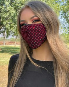 Safety Mask, Homemade Face Masks, Sparkles Glitter, Fashion Face Mask, Facial Masks, Face And Body, Easy Hairstyles, Crystal Rhinestone, Bling