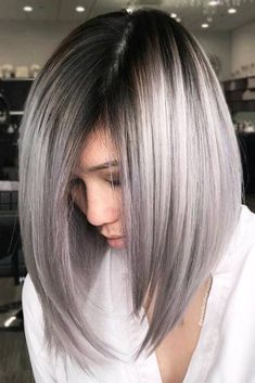 Explore here to discover the beautiful and modern styles of long bob haircuts with amazing silver metallic hair colors. This is feminine and charming hair color idea for long and medium haircuts. Women around the world are continuously sporting this hair Medium Hair Cuts, Medium Hair Styles, Short Hair Styles, Ponytail Styles, Long Bob Haircuts, Long Bob Hairstyles, Short Haircut, Hairstyles 2018, Long To Medium Haircuts