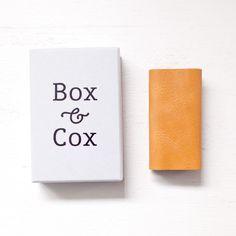 Box & Cox ボックス・アンド・コックス/ Wrap - leather keycase : camel ラップ レザー キー ケース キャメル - struct / blueover WONDER BAGGAGE 大阪 セレクトショップ