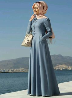 Be stylish muslimah fashion & Best online store for hijab fashion Abaya Fashion, Modest Fashion, Fashion Outfits, Turkish Fashion, Islamic Fashion, Turkish Style, Abaya Mode, Hijab Style Dress, Hijab Dress Party