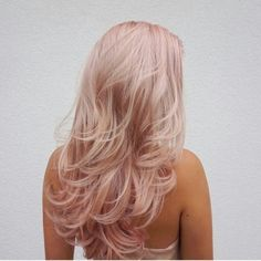5 Subtle Pastel Hair Colors to Try Out This Spring - Bankz Salon Hair Color pastel hair colors Blond Rose, Pink Blonde Hair, Pastel Pink Hair, Blonde With Pink, Rose Pink Hair, Blonde Hair Pink Highlights, Baby Pink Hair, Light Pink Hair, Ice Blonde
