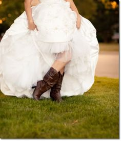 WESTERN THEME WEDDING | wedding blog home unique wedding themes rustic western theme weddings