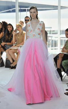 Fashionista.com - a look from  Delpozo spring 2016. Photo: Fernando Leon / Getty Images