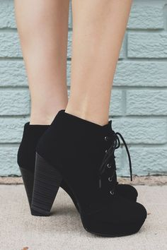 Put an edge on your weekend wear with our Blackbird Booties! They are a pair of…