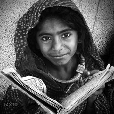 reading child  gujarat by Gerard Roosenboom on 500px