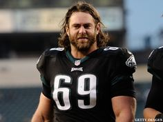 #Eagles lineman @EvanMathis69 goes green and rides a tricycle to work (VIDEO): http://yhoo.it/1ijRTbZ  #Sports #NFL #Football