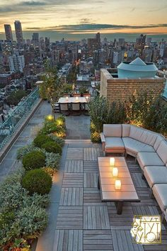 Amazing umbrella ideas for the garden, patio or roof terrace Roof Terrace Design, Rooftop Design, Balcony Design, Garden Design, Rooftop Terrace, Terrace Garden, Rooftop Gardens, Terrasse Design, Best Rooftop Bars