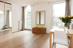 Bright and spacious bedroom. (Westerdoksdijk 1013 AD Amsterdam | Expat Housing)
