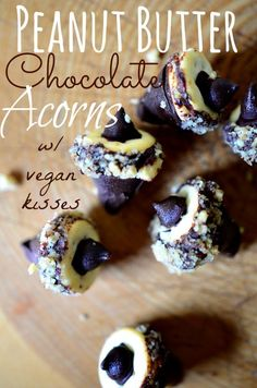 Housevegan.com: Peanut Butter Chocolate Acorns w/ Vegan Kisses - Adorable acorn treats made with peanut butter sandwich crackers and homemade vegan kisses! Super cute for Fall!!