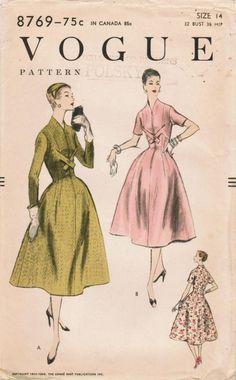 Vogue 8769, ca 1955-56; Sz 14/Bust 32