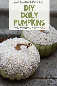Fabric Pumpkins, Fall Pumpkins, Pumpkin Crafts, Pumpkin Pumpkin, Fall Halloween, Halloween Crafts, Halloween Decorations, Shabby Chic Fall, Doilies Crafts