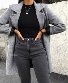 Winter Fashion Outfits, Look Fashion, Fall Outfits, Fashion Women, Fall Fashion, Gray Outfits, Fashion Coat, Summer Outfits, Grey Fashion