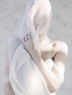 Veiling beauty | Kelly Sauer