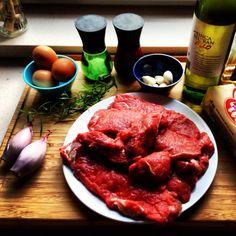 Steak with bernaise loading..