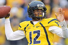 Geno Smith - our boy from WV is with The Jets this season. What an arm! Wvu Football, Football Players, Football Helmets, Geno Smith, One Of The Guys, West Virginia, Sports, Athletes, Heaven
