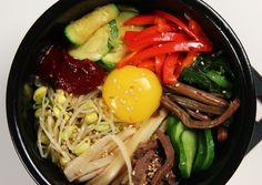 I like to order dolsot bibimbap when I went to Korean restaurant~ <3