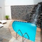 Piscinas pequeñas. Decoración de piscinas. Piscinas para patios pequeños. Ideas para piscinas pequeñas. Diferentes tipos de piscinas.