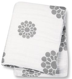 Lulujo Baby Muslin Cotton Swaddling Blanket Peonies $15.99 - from Well.ca