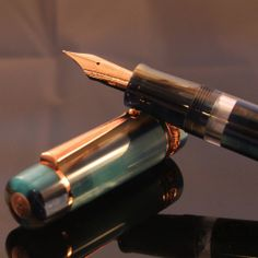 http://chatterleyluxuries.com/product/delta-hawaii-kanaka-maoli-stantuffo-limited-edition-fountain-pen/# Rose Gold and Turquoise, that's a winner in my book!