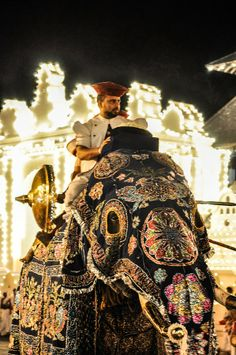 Esala Perahera Esala Perahera (the festival of the tooth) is the grand festival of Esala held in Sri Lanka. It is very grand with elegant costumes. Happening in July or August