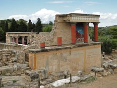 Palace of Minos, Knossos, Crete, Greece (photo: http://en.wikipedia.org/wiki/File:Knossos_-_North_Portico_02.jpg)
