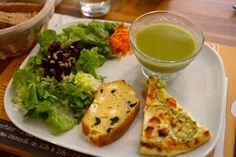 La Reine Margot - Salon de Thé sans gluten, des mets délicieux pour tous! à découvrir lors de votre séjour dans l'un de nos hôtels By HappyCulture : https://www.happyculture.com/