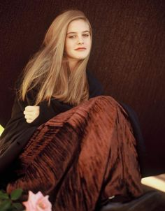 Picture of Alicia Silverstone Alicia Silverstone Young, Alicia Silverstone Aerosmith, 90s Fashion, Fashion Beauty, Fashion Brand, Cher Clueless, Berry, Cher Horowitz, Fair Skin