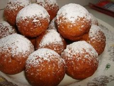 What Donuts Look like in Georgia and Around the World - CBW. Brunch Egg Casserole, Easy Brunch Menu, Donuts, Breakfast Diner, Pancake Dessert, Eastern European Recipes, Food Stall, Sweet Pastries, Russian Recipes