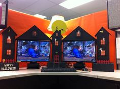 See more ideas about halloween office halloween crime scene ideas and funny halloween pictures. Halloween is coming up quick and … Office Halloween Themes, Halloween Theme Decoration, Halloween Cubicle, Office Themes, Office Ideas, Spooky Halloween, Holidays Halloween, Halloween Post, Happy Halloween