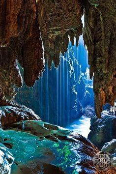 Iris Cave, Monasterio de Piedra, Zaragoza, Spain