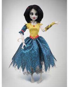 Wow Wee Once Upon a Zombie 'Snow White' Doll - Overstock™ Shopping - Great Deals on Wow Wee Collectible Dolls Cool Toys For Boys, Best Kids Toys, Toddler Christmas, Christmas Toys, Zombie Princess, Best Gifts For Tweens, Snow White Doll, Wow Wee, Zombie Dolls