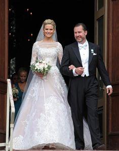 El señor Gustaf Magnuson, hijo de la princesa Cristina de Suecia y la señorita Vicky Andren el día de su boda el 31 de Agosto de 2013.