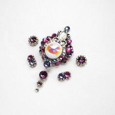 Tribal bindi «Pearl from the depths Light Amethyst, Amethyst Crystal, Third Eye Piercing, Art Of Beauty, Festival Makeup, Tribal Fusion, Bindi, Belly Dance, Gem