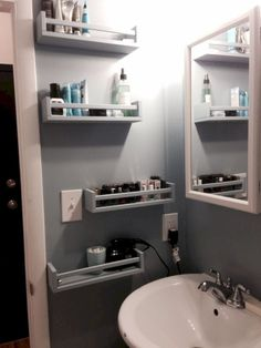15 ideas for smart DIY storage solutions for tiny bathrooms - . - 15 ideas for smart DIY storage solutions for tiny bathrooms - Diy Bathroom, Small Bathroom Storage, Bathroom Vanities, Bedroom Storage, Bathroom Storage Solutions, Organization For Small Bathroom, Master Bathroom, Ikea Hack Bathroom, Relaxing Bathroom