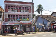 Commerces -Pharmacie de Tangalle