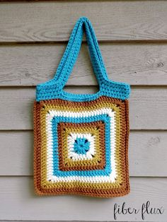 Fiber Flux: Free Crochet Pattern...Nature Walk Tote! Make this fun and easy tote by Fiber Flux with Lion's Pride Woolspun! Pattern calls for 4 balls of yarn and a size K (6.5 mm) crochet hook. Get the yarn here: http://lby.co/woolspun