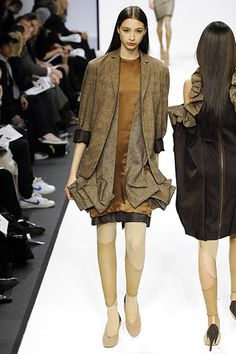 Central Saint Martins Fall 2007 Ready-to-Wear - Collection - Gallery - Style.com