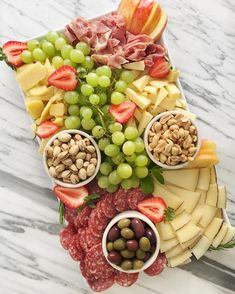 It's been a cheesy summer! It's been a cheesy summer! Plateau Charcuterie, Charcuterie And Cheese Board, Charcuterie Platter, Cheese Boards, Snack Platter, Party Food Platters, Meat Platter, Simple Cheese Platter, Cheese Fruit Platters