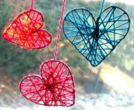 beautiful yarn window hanging hearts (craft wire, yarn)